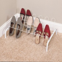 1039 - 9 pair shoe rack
